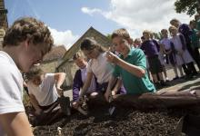 Children digging for artefacts